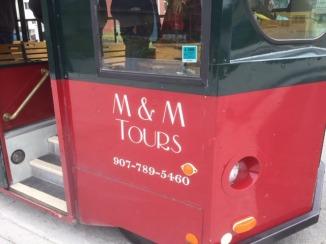 M & M tours